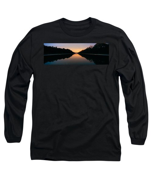 The Lincoln Memorial At Sunset Long Sleeve T-Shirt by Panoramic Images