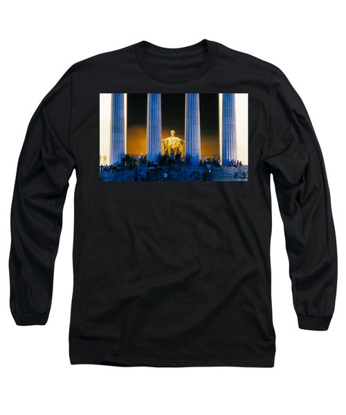 Tourists At Lincoln Memorial Long Sleeve T-Shirt by Panoramic Images
