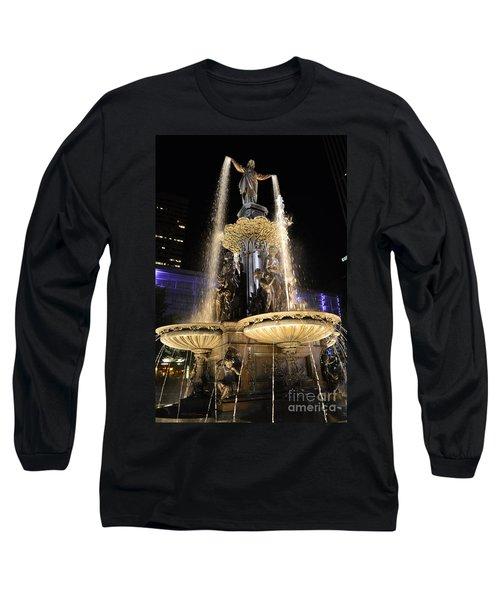 Fx9u-1250 Tyler Davidson Fountain Photo Long Sleeve T-Shirt