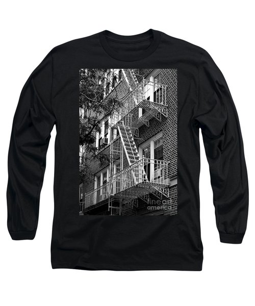 Typical Building Of Brooklyn Heights - Brooklyn - New York City Long Sleeve T-Shirt