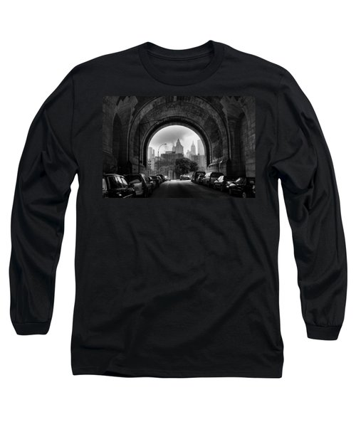 New York City - Manhattan Bridge - Under Long Sleeve T-Shirt