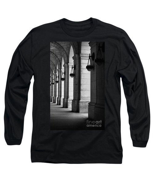 Union Station Washington Dc Long Sleeve T-Shirt by John S