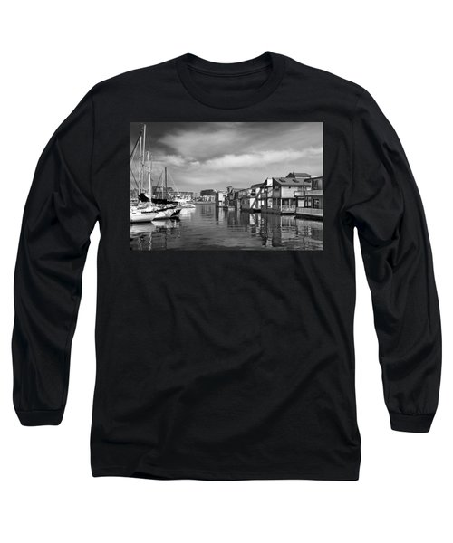 Veiw Of Marina In Victoria British Columbia Black And White Long Sleeve T-Shirt