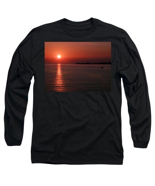 Vela In Grecia Long Sleeve T-Shirt