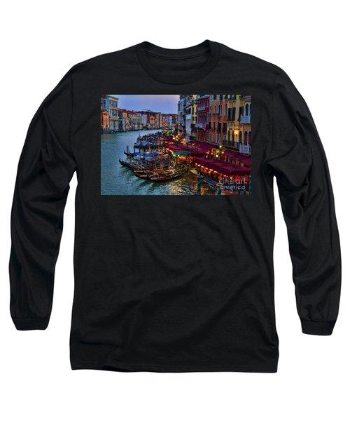 Venetian Grand Canal At Dusk Long Sleeve T-Shirt by David Smith