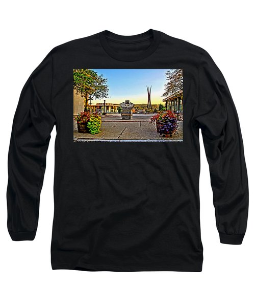 Victorii Rebuild - A 911 Memorial Long Sleeve T-Shirt
