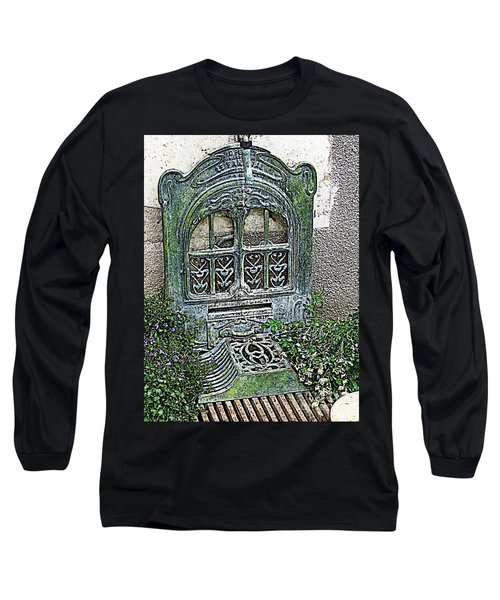 Vintage Garden Grate Long Sleeve T-Shirt