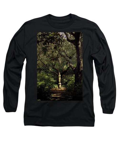 Long Sleeve T-Shirt featuring the photograph Virginia Dare Statue by Greg Reed