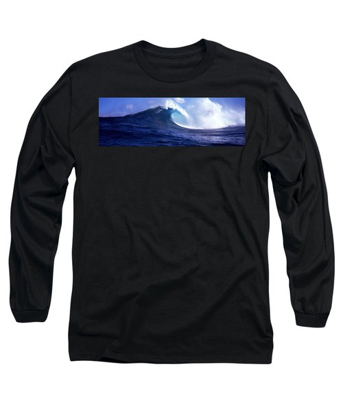 Waves Splashing In The Sea, Maui Long Sleeve T-Shirt