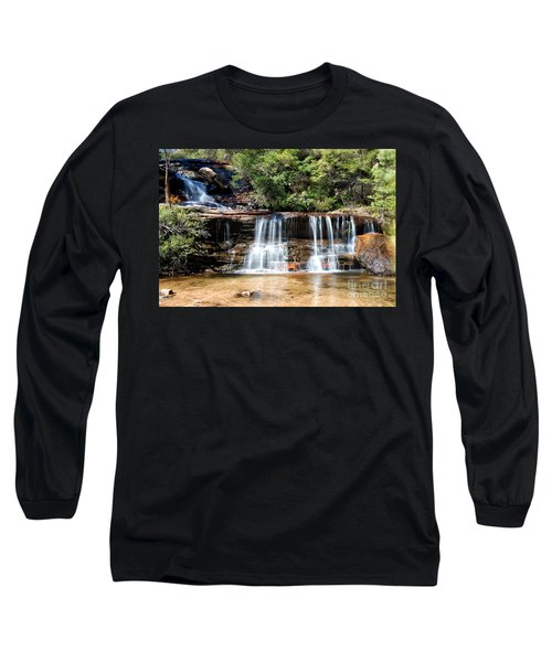Long Sleeve T-Shirt featuring the photograph Wentworth Falls by Yew Kwang