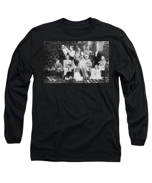 William Gladstone With Family Long Sleeve T-Shirt