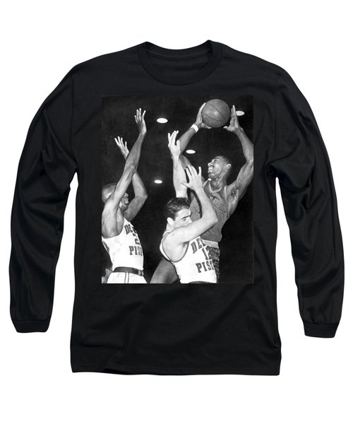 Wilt Chamberlain Shoots Long Sleeve T-Shirt