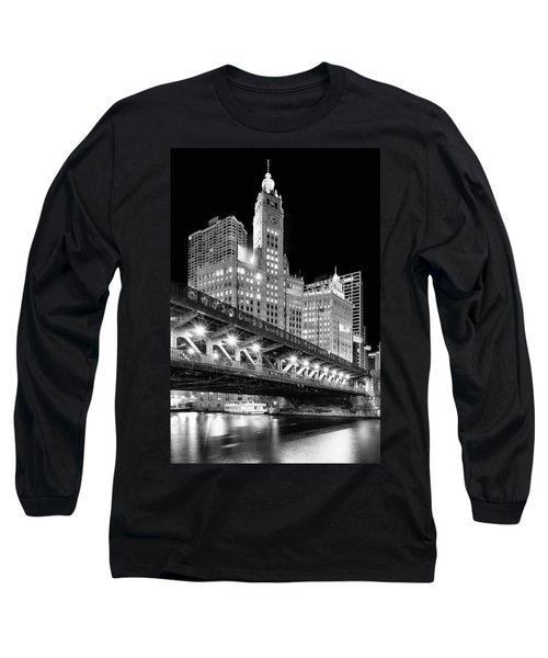 Wrigley Building At Night In Black And White Long Sleeve T-Shirt