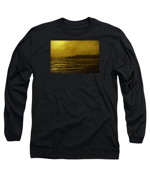 Yaquina Head Lighthouse Newport Oregon Long Sleeve T-Shirt