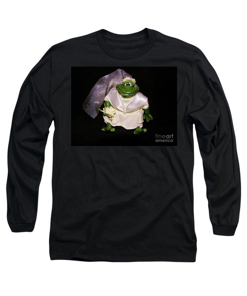 Long Sleeve T-Shirt featuring the photograph The Green Bride by Sherman Perry