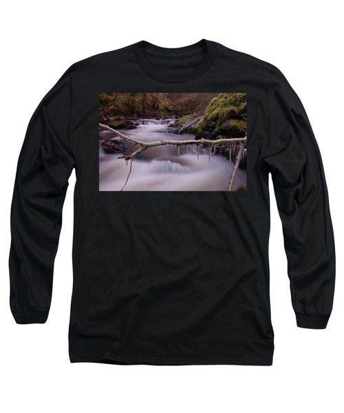 An Icy Flow Long Sleeve T-Shirt