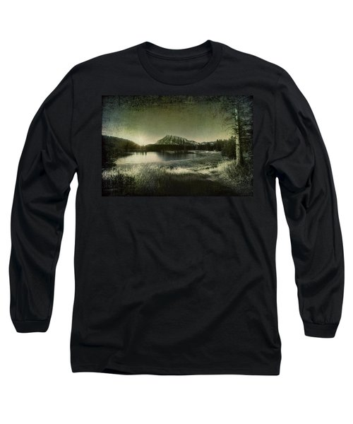 Cascade Pond Banff Long Sleeve T-Shirt