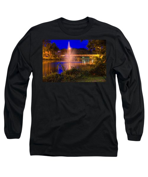Fountain And Bridge At Night Long Sleeve T-Shirt