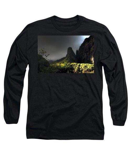 Iao Mountains Long Sleeve T-Shirt