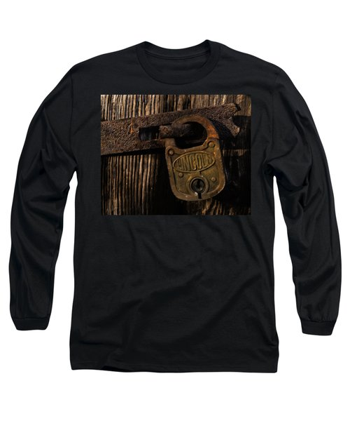 Lincoln Lock Long Sleeve T-Shirt