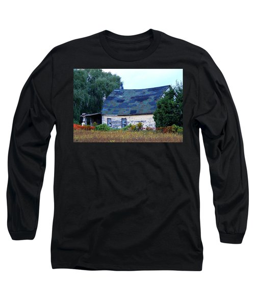 Long Sleeve T-Shirt featuring the photograph Old Barn by Davandra Cribbie