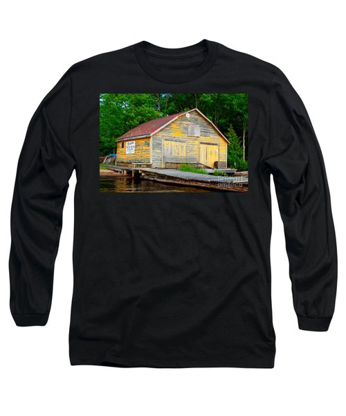 Long Sleeve T-Shirt featuring the photograph Old Cabin by Les Palenik