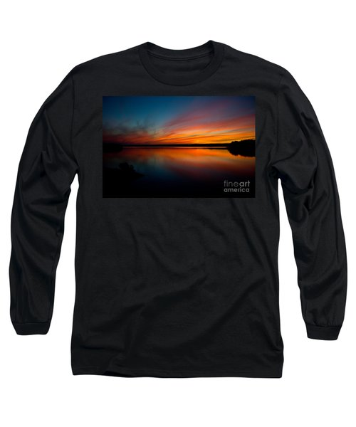 Saying Goodnight Long Sleeve T-Shirt