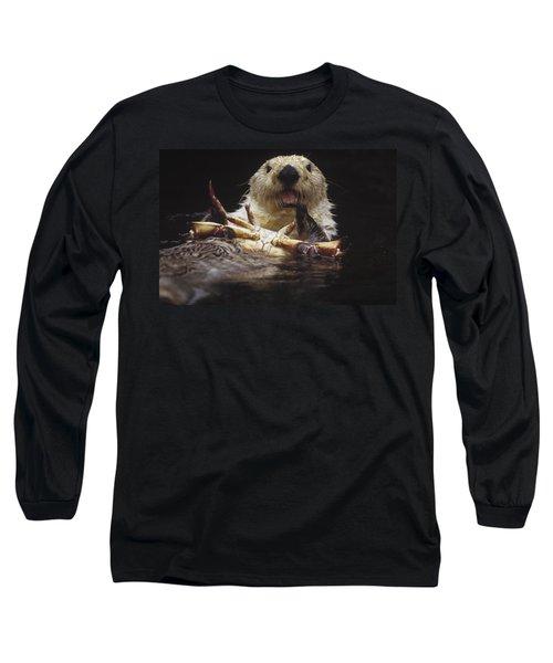 Sea Otter Enhydra Lutris Female Eating Long Sleeve T-Shirt