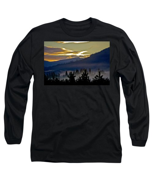 Long Sleeve T-Shirt featuring the photograph Sunrise And Valley Fog by Albert Seger