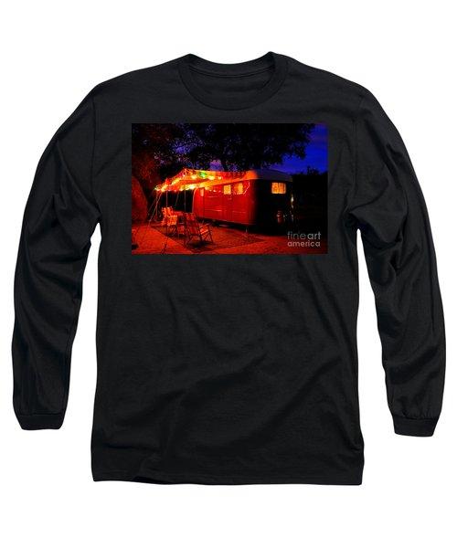 Vintage Vagabond Trailer Long Sleeve T-Shirt