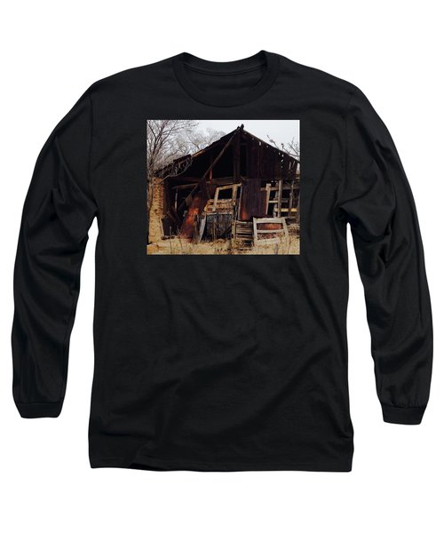 Long Sleeve T-Shirt featuring the photograph Barn by Erika Chamberlin