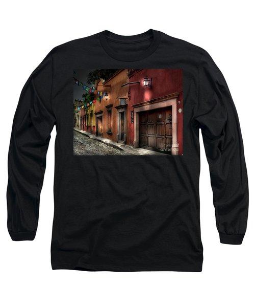 1 A.m. Street Photo Long Sleeve T-Shirt