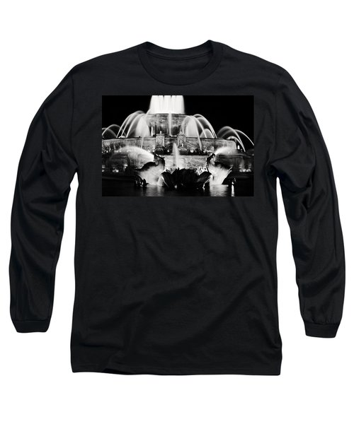 Buckingham Fountain At Night Long Sleeve T-Shirt