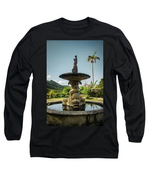 Long Sleeve T-Shirt featuring the photograph Classic Fountain by Carlos Caetano
