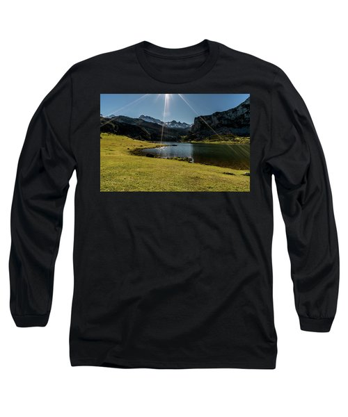 Glacier Formed Long Sleeve T-Shirt
