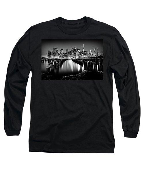 Manhattan Skyline At Night Long Sleeve T-Shirt