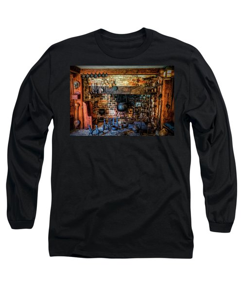 Old Kitchen Long Sleeve T-Shirt
