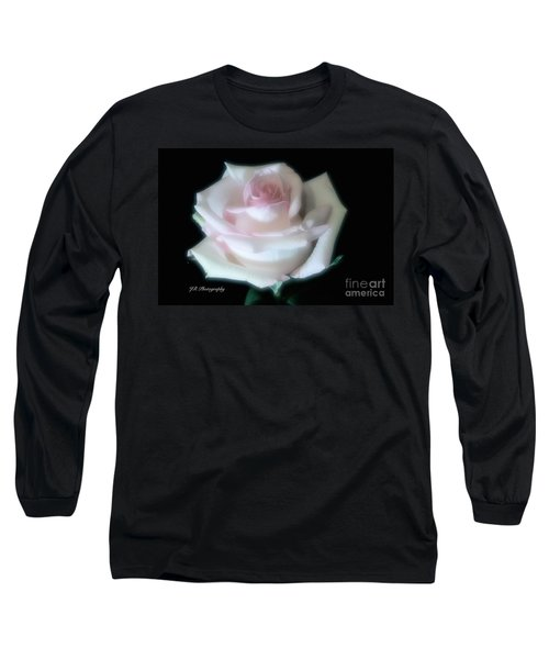 Soft Pink Rose Bud Long Sleeve T-Shirt