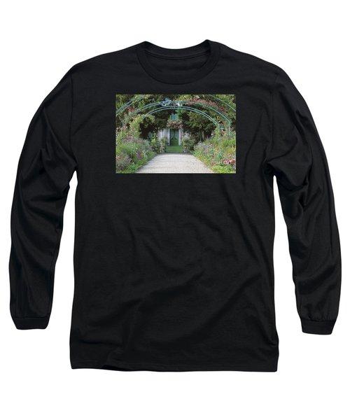 Claude Monet's Garden At Giverny Long Sleeve T-Shirt