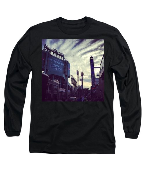 A Fine Night Is Upon Us #beantown Long Sleeve T-Shirt