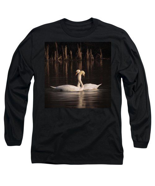A Painting Of A Pair Of Mute Swans Long Sleeve T-Shirt