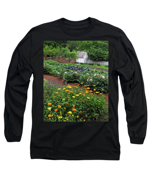 A Williamsburg Garden Long Sleeve T-Shirt
