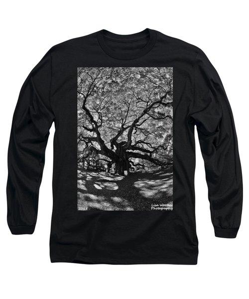 Angel Oak Johns Island Black And White Long Sleeve T-Shirt
