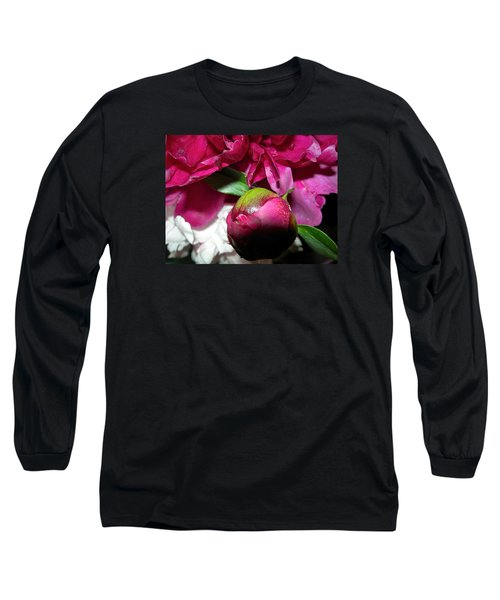 Long Sleeve T-Shirt featuring the photograph Anticipation by Randy Rosenberger