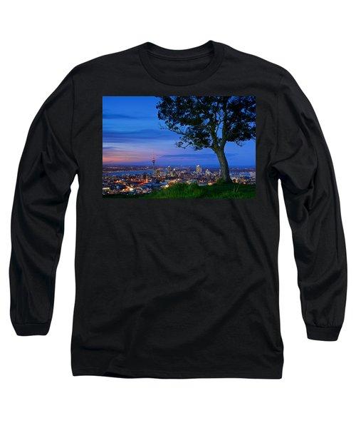 Auckland Long Sleeve T-Shirt by Evgeny Vasenev