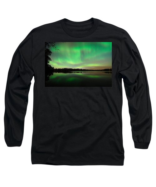 Aurora Over Tofte Lake Long Sleeve T-Shirt