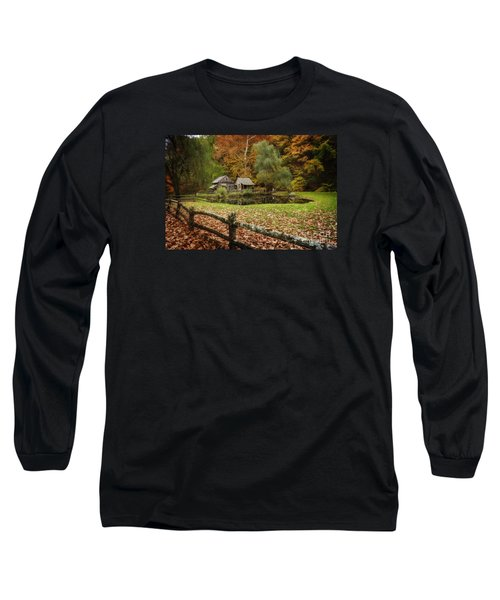 Autumn At Cuttalossa Farm V Long Sleeve T-Shirt