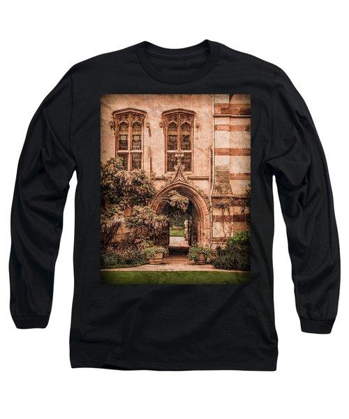 Oxford, England - Balliol Gate Long Sleeve T-Shirt