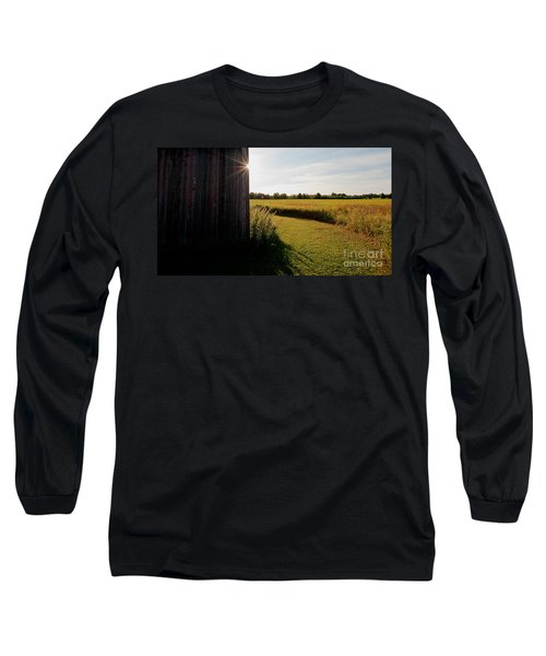 Barn Highlight Long Sleeve T-Shirt