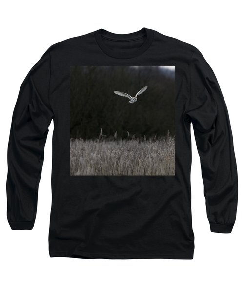 Barn Owl Hunting At Dusk Long Sleeve T-Shirt